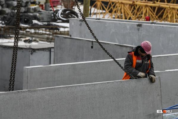 Ситуацию с трудовыми ресурсами на стройках может спасти только открытие границ