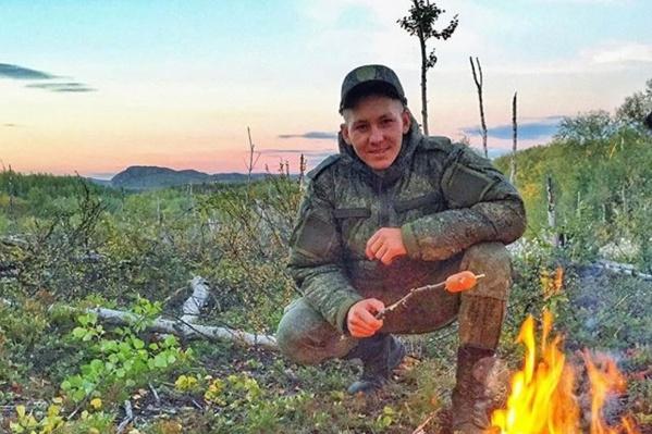 По словам друзей, Олег Копылов был очень весёлым и жизнерадостным человеком