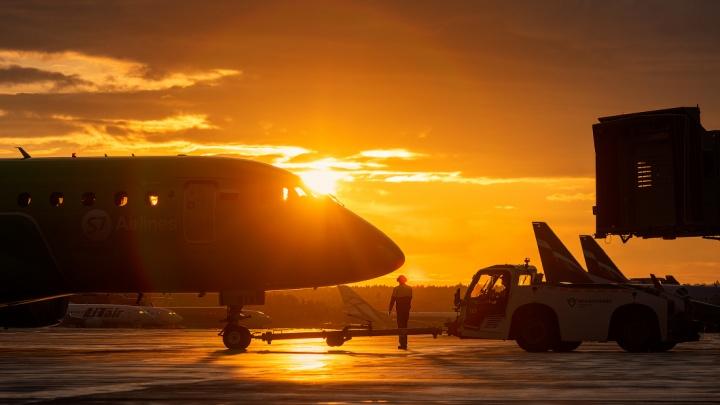 Известный новосибирский фотограф сделал эффектные снимки красноярского аэропорта