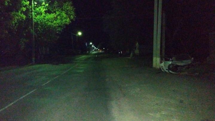 В Волгоградской области иномарка протаранила жилой дом