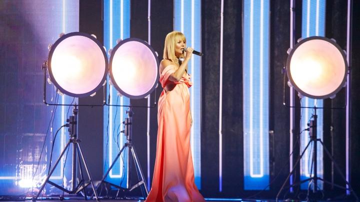 Омским меломанам покажут церемонию вручения премии «Золотой граммофон» в ночь с2на3января