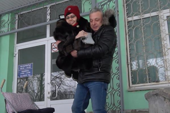 Сергей Веселов своих студентов носит на руках — в самом прямом смысле слова