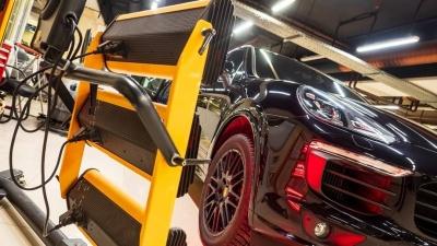 Кузовной ремонт от 500 рублей, замена шин от 990: в Екатеринбург пришли акции для автолюбителей