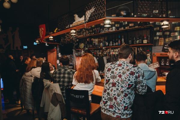Тюменцы смогут вернуться в бары и клубы