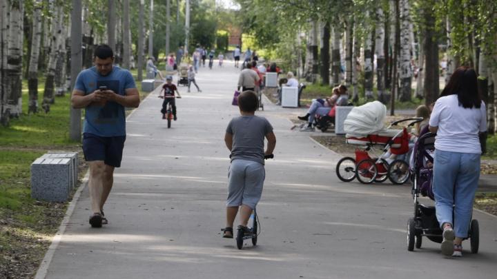Парки, площадки и берег реки: мамы рассказывают, где в Архангельске можно погулять с ребёнком
