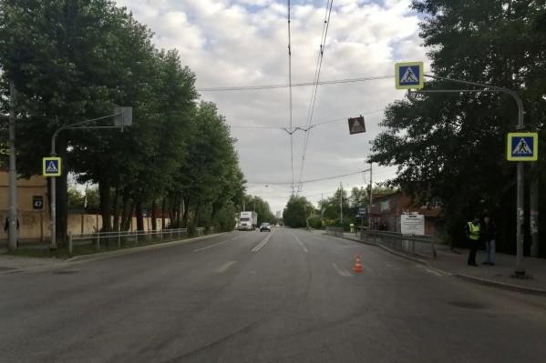 Авария случилась на улице Самолетной у дома № 47