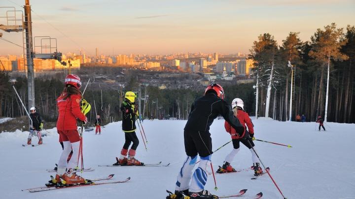 Вниз по склону: семь горнолыжных курортов под Екатеринбургом, где можно покататься в эти выходные