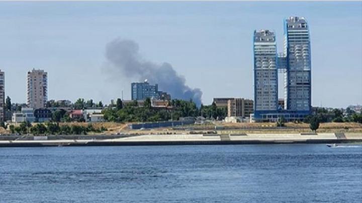 Горят коттеджи и степь: в Волгограде и области вновь бушуют пожары