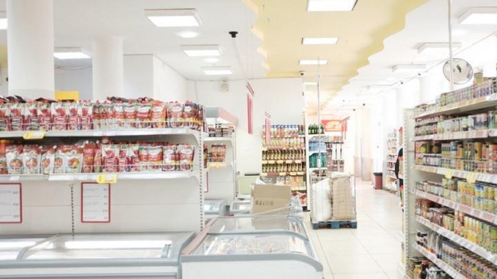 В Перми продуктовую сеть заподозрили в продаже сахара по завышенной цене
