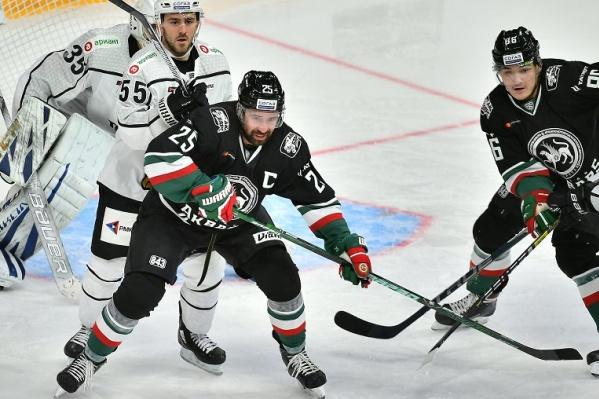 Увидеть хоккеистов на льду можно будет уже этим летом. Планируется, что Кубок губернатора Челябинской области по хоккею пройдёт с 23 по 26 августа