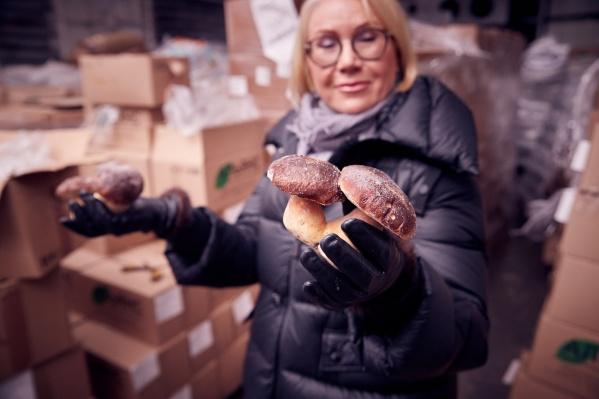 Лариса уже 20 лет в ягодно-грибном бизнесе