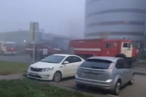 В Кемерово загорелся 5-этажный паркинг