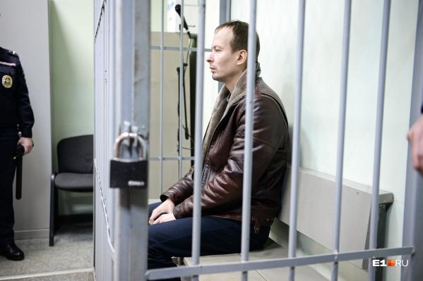 Ранее Алексей Александров требовал суда присяжных, но позже он отказался от своей просьбы