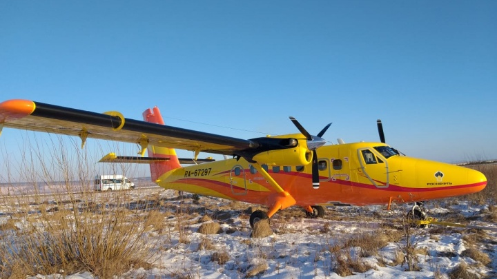В аэропорту Черемшанка самолет выкатился за пределы взлетной полосы