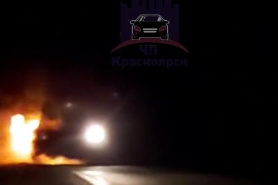 Машина загорелась на ходу