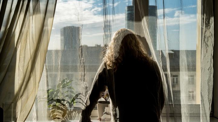 История 45-летней Ирины, которая раньше была мужчиной. Она сменила пол, получила паспорт и объяснила всё сыну