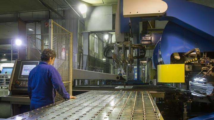 «Внимание, работа»: один из крупнейших производителей медоборудования в России открыл 300 вакансий на Уфу