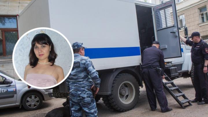 Ограбление банка в Башкирии: смотрите всю историю кассира Луизы Хайруллиной за три минуты