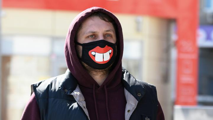 Пенсионеры на улицах и город в масках: смотрим на Волгоград после ужесточения борьбы с коронавирусом