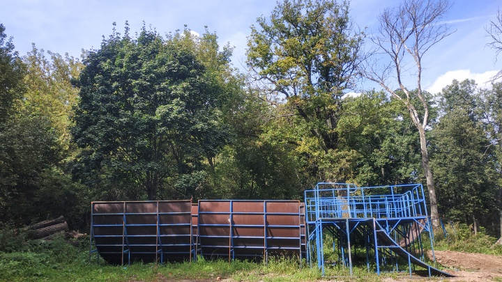 Кладбище спортинвентаря и олимпийских надежд: что хранится в одном из старейших парков Уфы