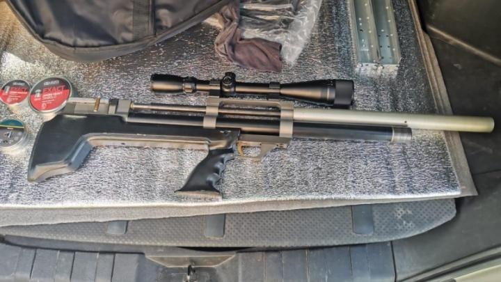 Полицейские показали, как искали стрелка с Предмостной
