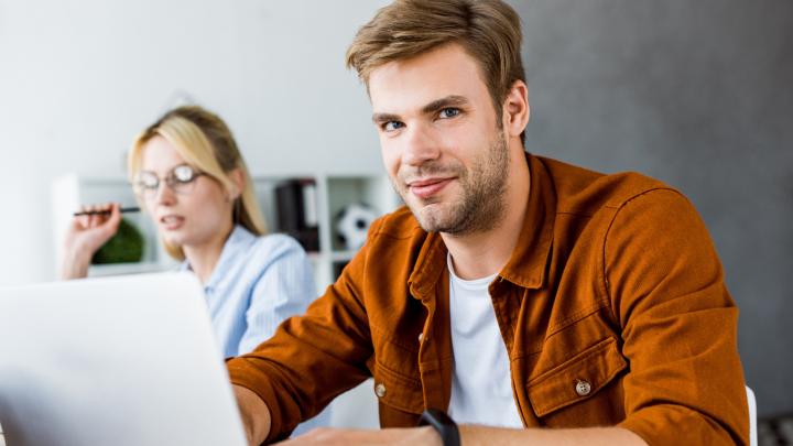 Упорядочить и не отвлекаться на мелочи: список полезных инструментов для организации домашнего офиса