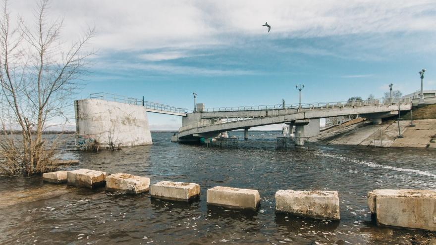 В Самаре затопило пляжи и набережную