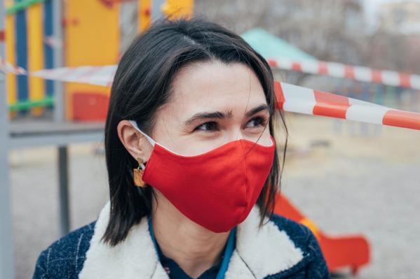 Красноярская бизнесвумен «перекроила» бизнес и стала шить защитные маски