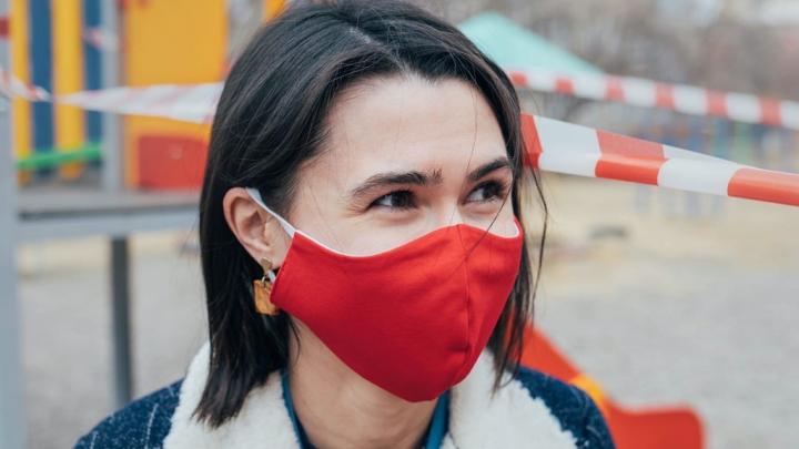 Владелица школы шитья «перекроила» бизнес и стала делать защитные маски от коронавируса