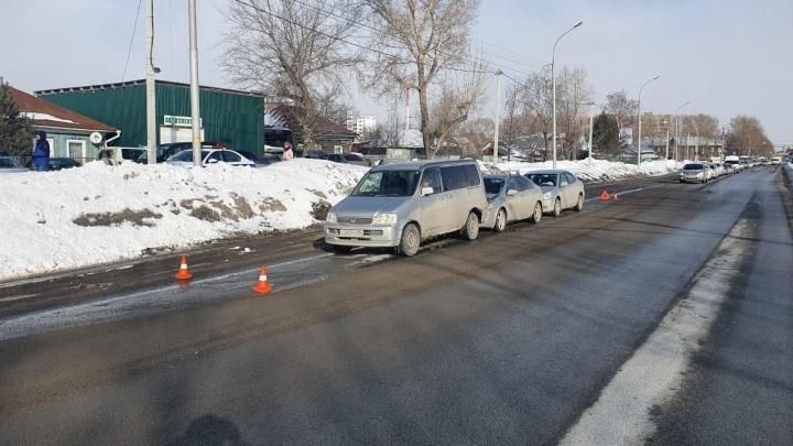 Тройное ДТП в Ленинском районе — пострадали два ребёнка