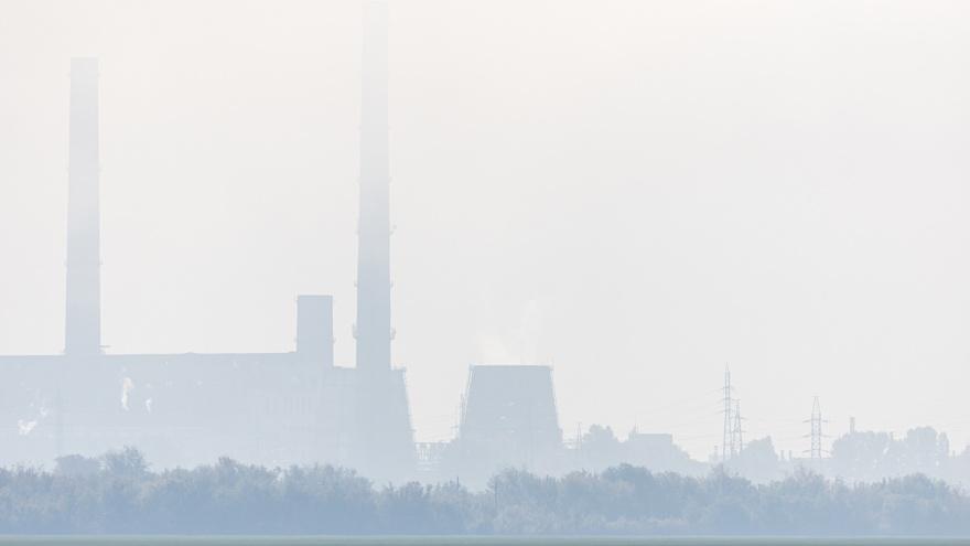 Жители Самарской области попросили Азарова спасти воздух от загрязнения