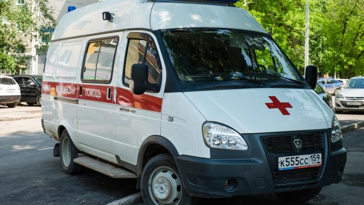 В Перми у 17 медиков скорой помощи выявили COVID-19. Кто будет ездить к больным?