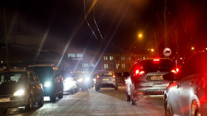 «Девушку сбил автобус»: за сутки в Ярославской области пострадали четыре пешехода