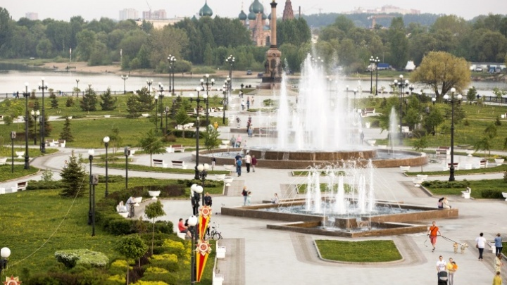 Магнит для туристов: как ярославские власти видят стелу в честь звания «Город трудовой доблести»