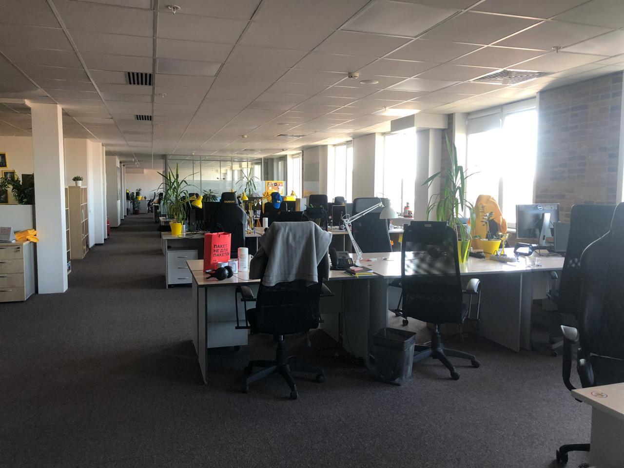 Вот так выглядит офис компании, если там работает всего 5% сотрудников от общего числа
