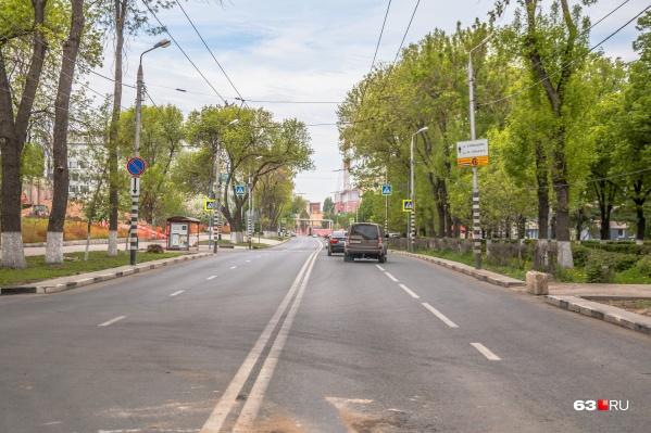 Автомобилистам придётся объезжать Волжский проспект стороной