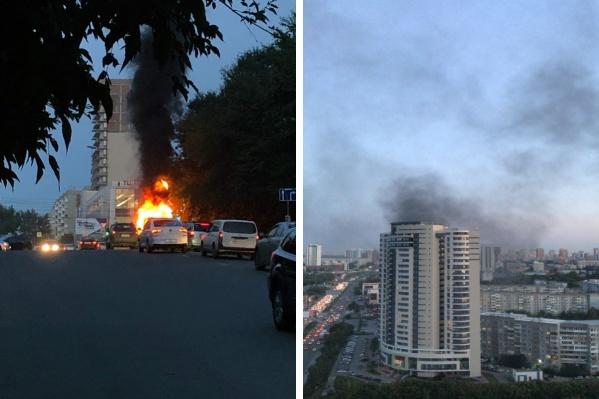 Автомобиль вспыхнул около 20:30.До прибытия пожарных в огне оказались кабина и капот «Газели»