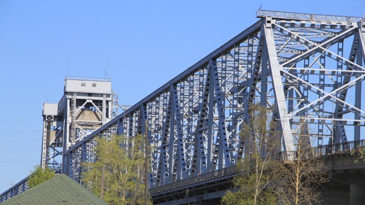 4 октября в Архангельске почти на сутки закроют железнодорожный мост