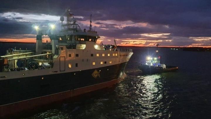 Новый траулер «Баренцево море» передали Архангельскому траловому флоту