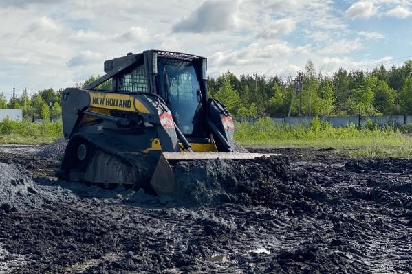 Чтобы решить проблемы с почвой, нужно поднять уровень участка