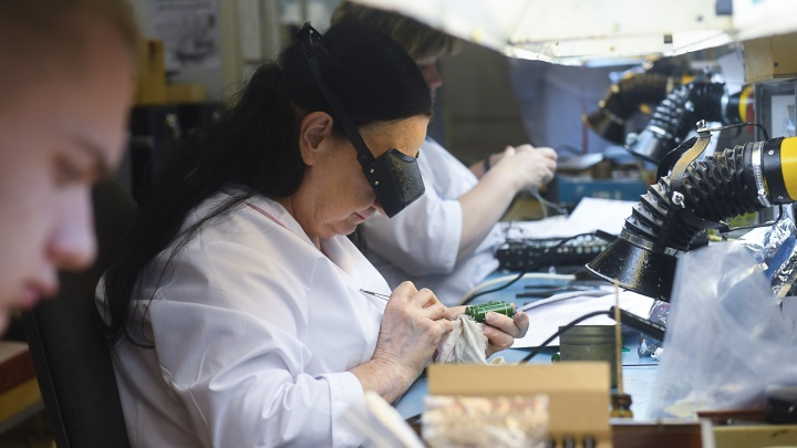 Екатеринбургские заводы сделают аппараты ИВЛ для всей страны