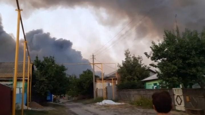 Режим ЧС из-за пожаров ввели в трех районах Ростовской области