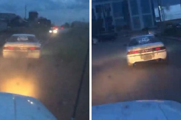 Водителя и пассажира задержали. Они отказывались выходить из машины и нецензурно ругались