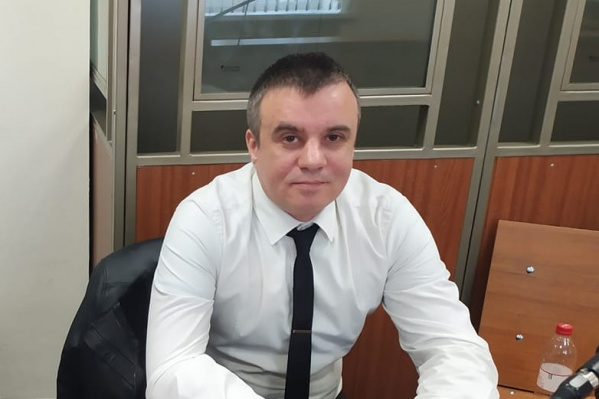 Алексей Манукин написал в соцсети, что за границей «его не достанут»