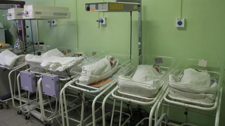 Среди заразившихся COVID-19 в Архангельской области — новорожденный