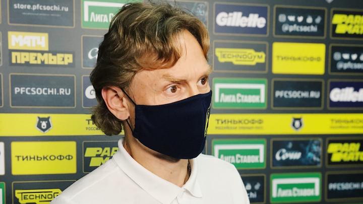 Ругал судей и объяснил отсутствие Еременко: что говорил Карпин после матча с «Сочи»
