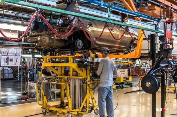 Заработок автостроителей проиндексируют уже в октябре