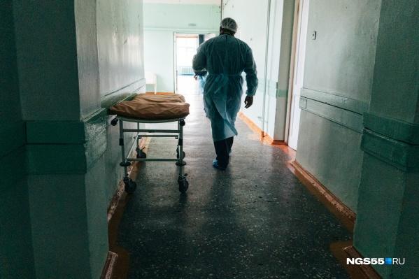 Омские больницы готовы к наплыву заболевших, но врачи надеются, что этого не случится