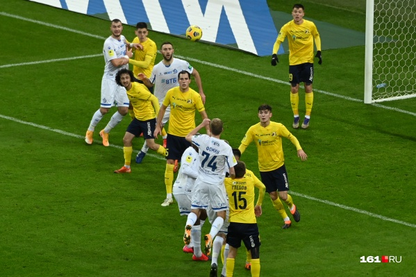 «Ростов» открыл счет на 35-й минуте матча