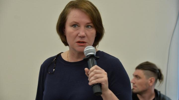 К православной активистке Оксане Ивановой пришли полицейские после поста о губернаторе и Е1.RU